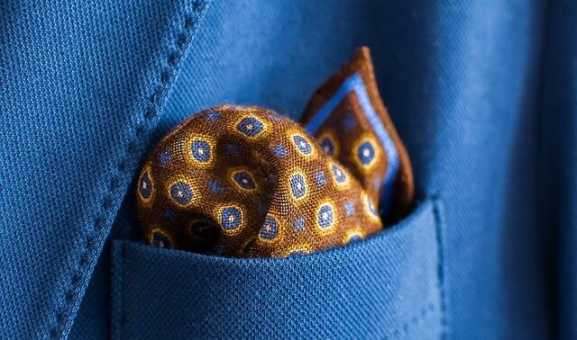 今日のラッキーアイテム「ポケットチーフ」