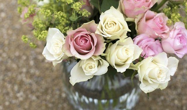 今日のラッキーアイテム「花瓶」の画像