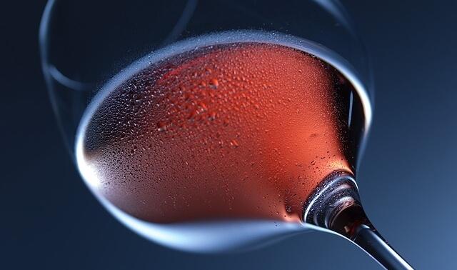 今日のラッキーアイテム「ワイングラス」の画像
