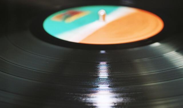 今日のラッキーアイテム「レコード」の画像