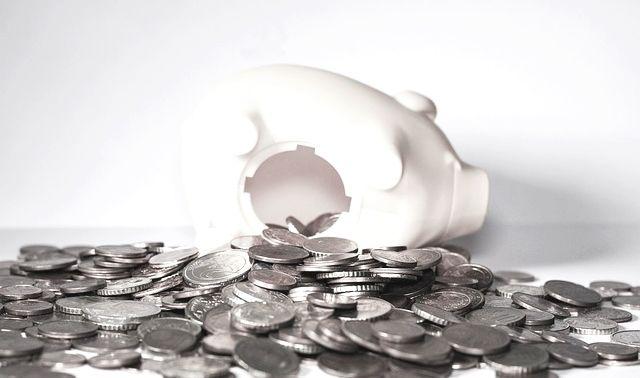 今日のラッキーアイテム「貯金箱」