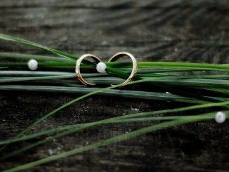 ラッキーアイテム「指輪」の画像