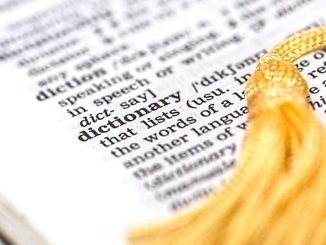 今日のラッキーアイテム「辞書」