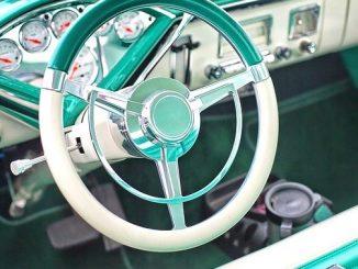 今日のラッキーアイテム「自動車」