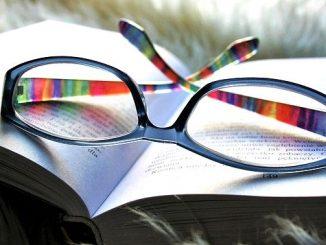 ラッキーアイテム「メガネ」の画像