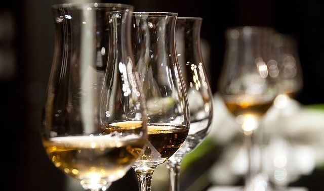 今日のラッキーアイテム「ワイングラス」