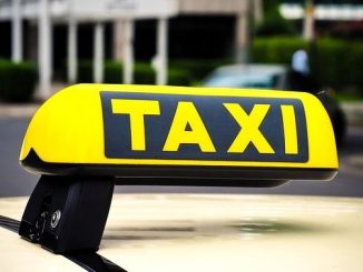今日のラッキーアイテム「タクシー」の画像