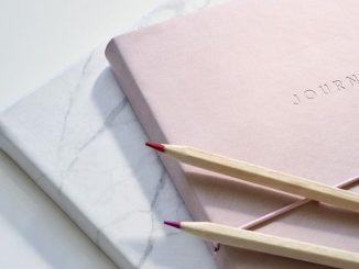 ラッキーアイテム「手帳」の画像