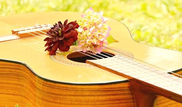 今日のラッキーアイテム「ギター」