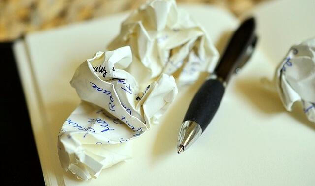 今日のラッキーアイテム「ペン」の画像