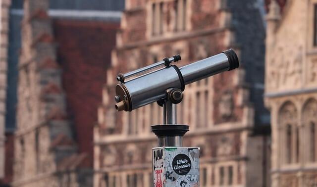今日のラッキーアイテム「望遠鏡」