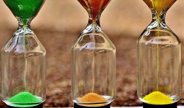 今日のラッキーアイテム「砂時計」
